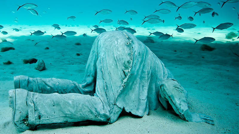 Underwater Sculpture by Jason de Caires Taylor submerged off the coast of Cancun, Mexico Photo: Jason de Caires Taylor