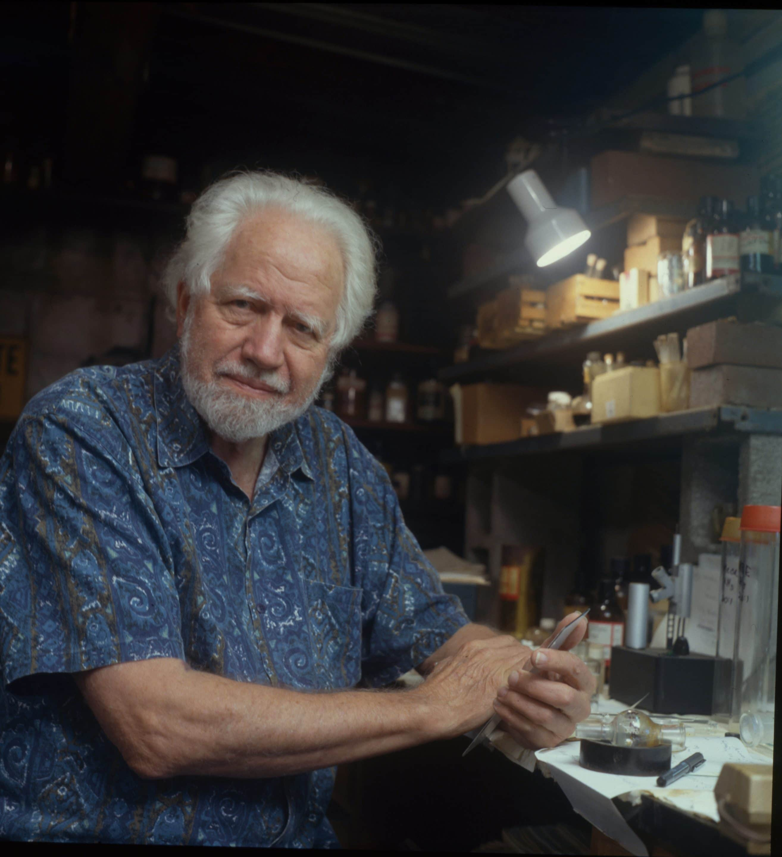 Sasha Shulgin in his lab